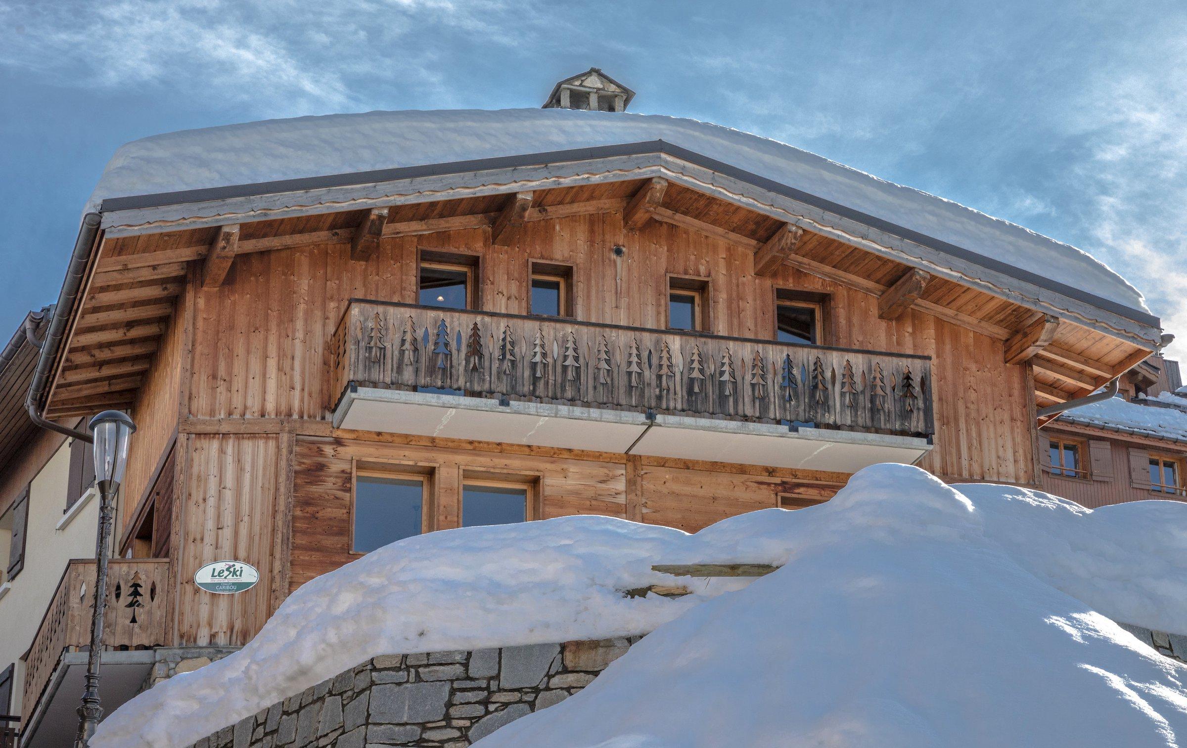 chalet caribou in courchevel france le ski. Black Bedroom Furniture Sets. Home Design Ideas