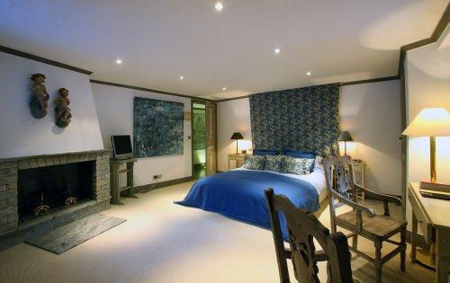 Valpierre room 1