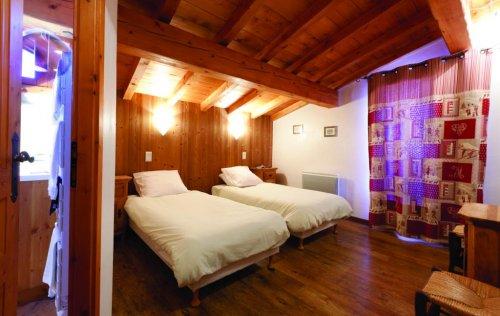 Chalet Caribou room 2