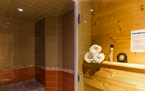 The steam room in Eagle's Nest