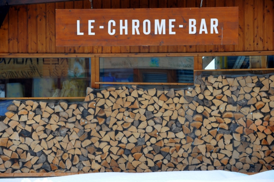 Chrome Bar